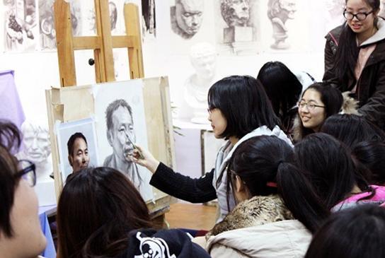 打造出上海美术联考最高平均